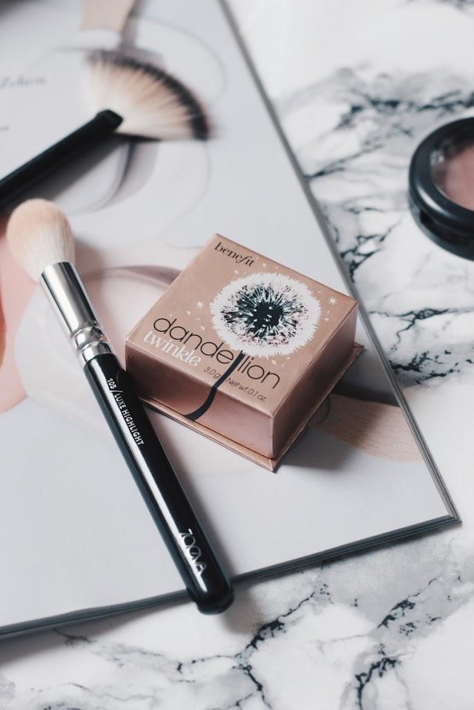 Dandelon Twinkle Highlighter Benefit Beautyblog Beautyfavoriten