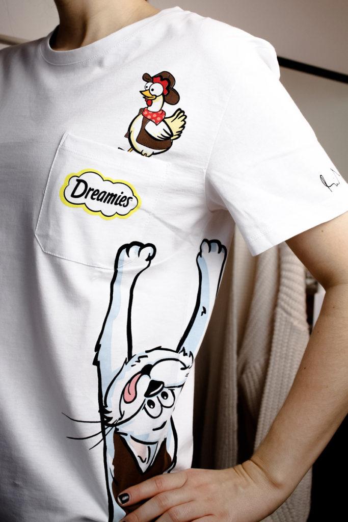 Deli Catz von Dreamies & ein Statementshirt von Michael Michalsky - mehr auf www.little-emma.de