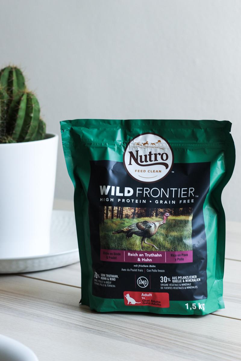 Clean Feeding mit Nutro Wild Frontier - mehr auf www.little-emma.de